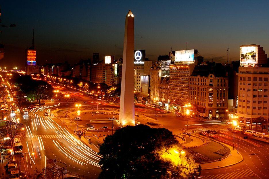 Breedste straat ter wereld in Buenos Aires
