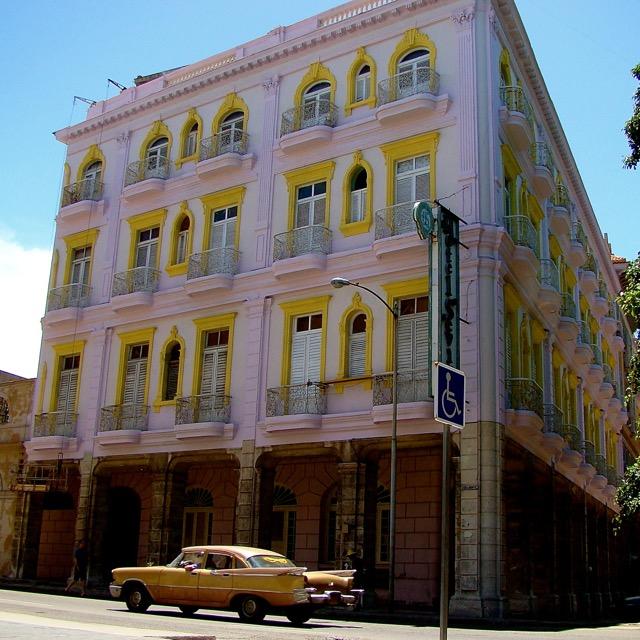 Koloniaal gebouw in Havana, Cuba